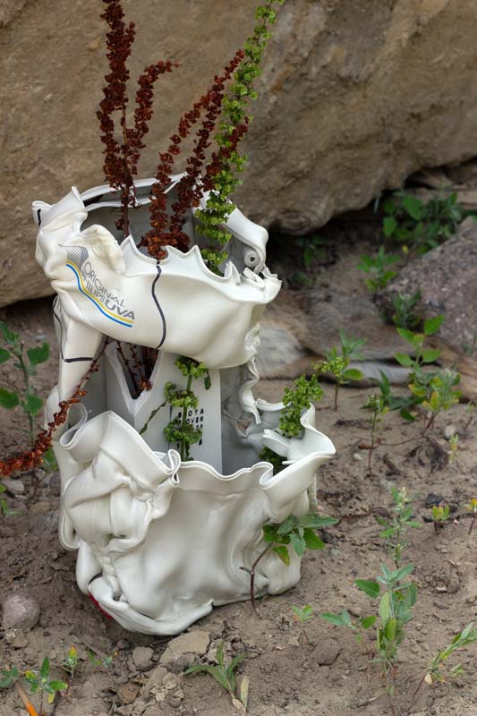 Floriane Dulurieb/Plover White Vase