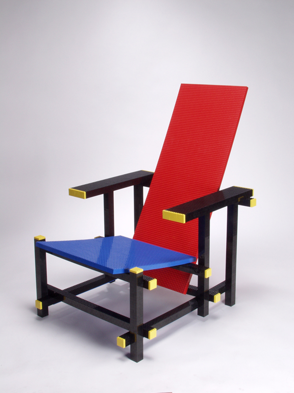 Mario Minale/Red Blue LEGO chair